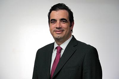 Mtro. Patricio Ballados Villagómez